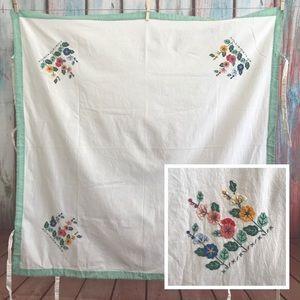 💎 Vintage Bridge Cloth Tablecloth 34x34